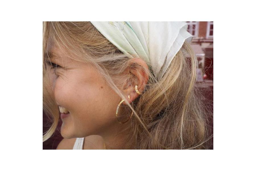 Styling von Ohrringen